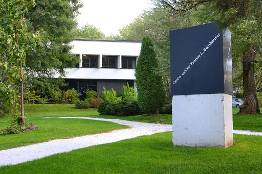 Centre culturel Yvonne L. Bombardier